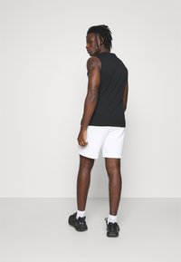 The North Face - COORDINATES - Shorts - white - 2