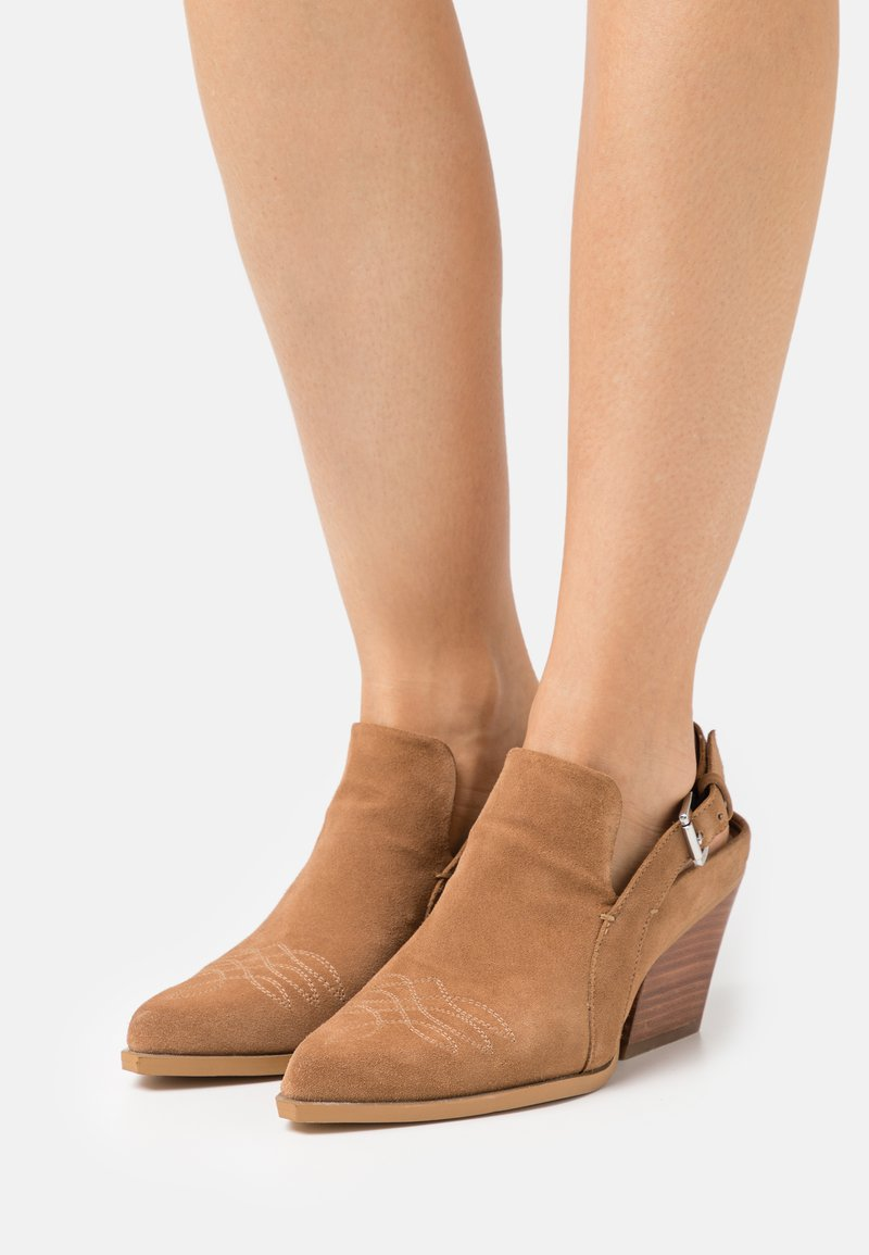 Steven New York - INDY - Classic ankle boots - chestnut