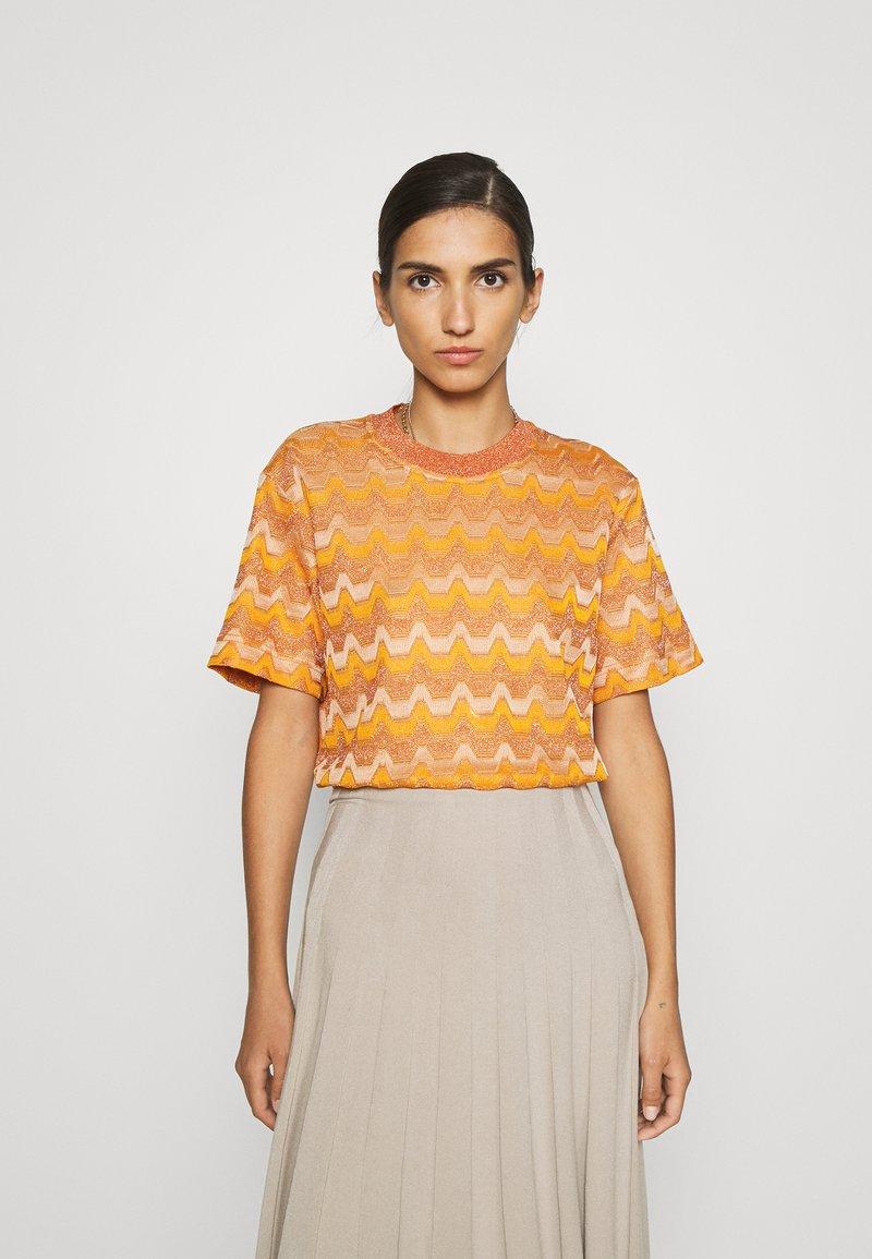 M Missoni - Print T-shirt - pumpkin