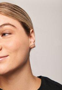 PDPAOLA - ANDROMEDA  - Earrings - gold - 3
