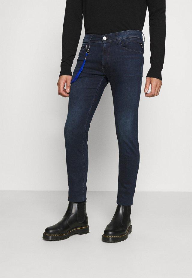 MAX TITANIUM - Slim fit jeans - dark blue