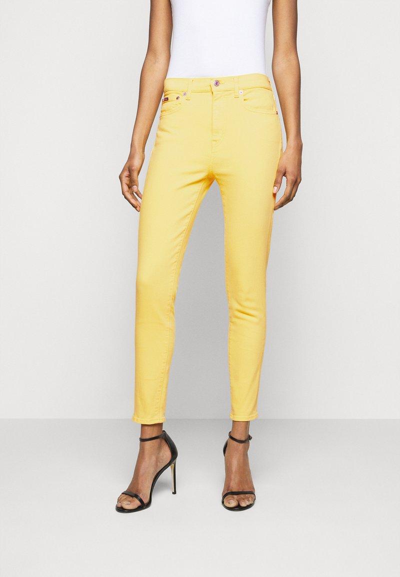 Polo Ralph Lauren - RIELLA - Jeans Skinny Fit - yellow