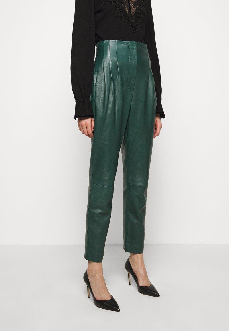 Alberta Ferretti - LEATHERPIECES TROUSERS - Trousers - green