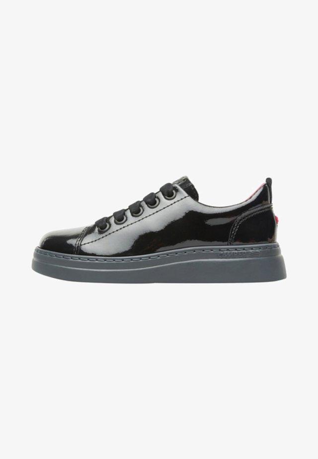 RUNNER UP - Sneakers laag - black