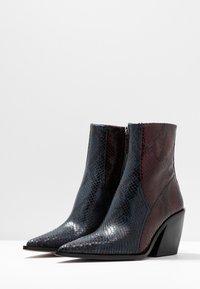 Topshop - HONOUR WESTERN - Cowboy/biker ankle boot - blue - 4