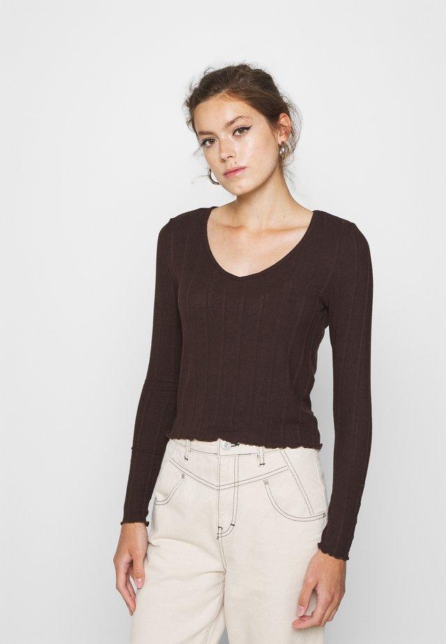 PCSAOREM - Long sleeved top - mole