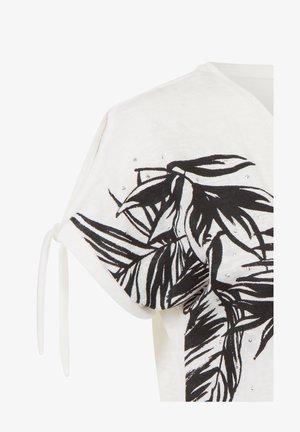 ETAM REGULIER RE - Print T-shirt - multi off-white