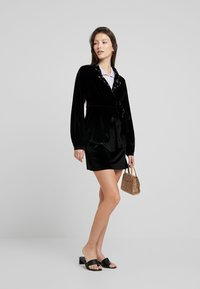 Fashion Union - CANDY SKIRT - Miniskjørt - black - 1