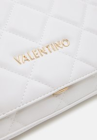 Valentino by Mario Valentino - OCARINA - Across body bag - bianco - 4
