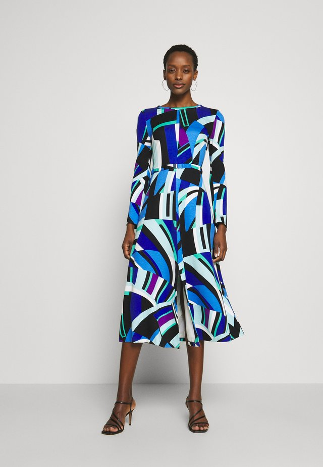 Sukienka z dżerseju - blau