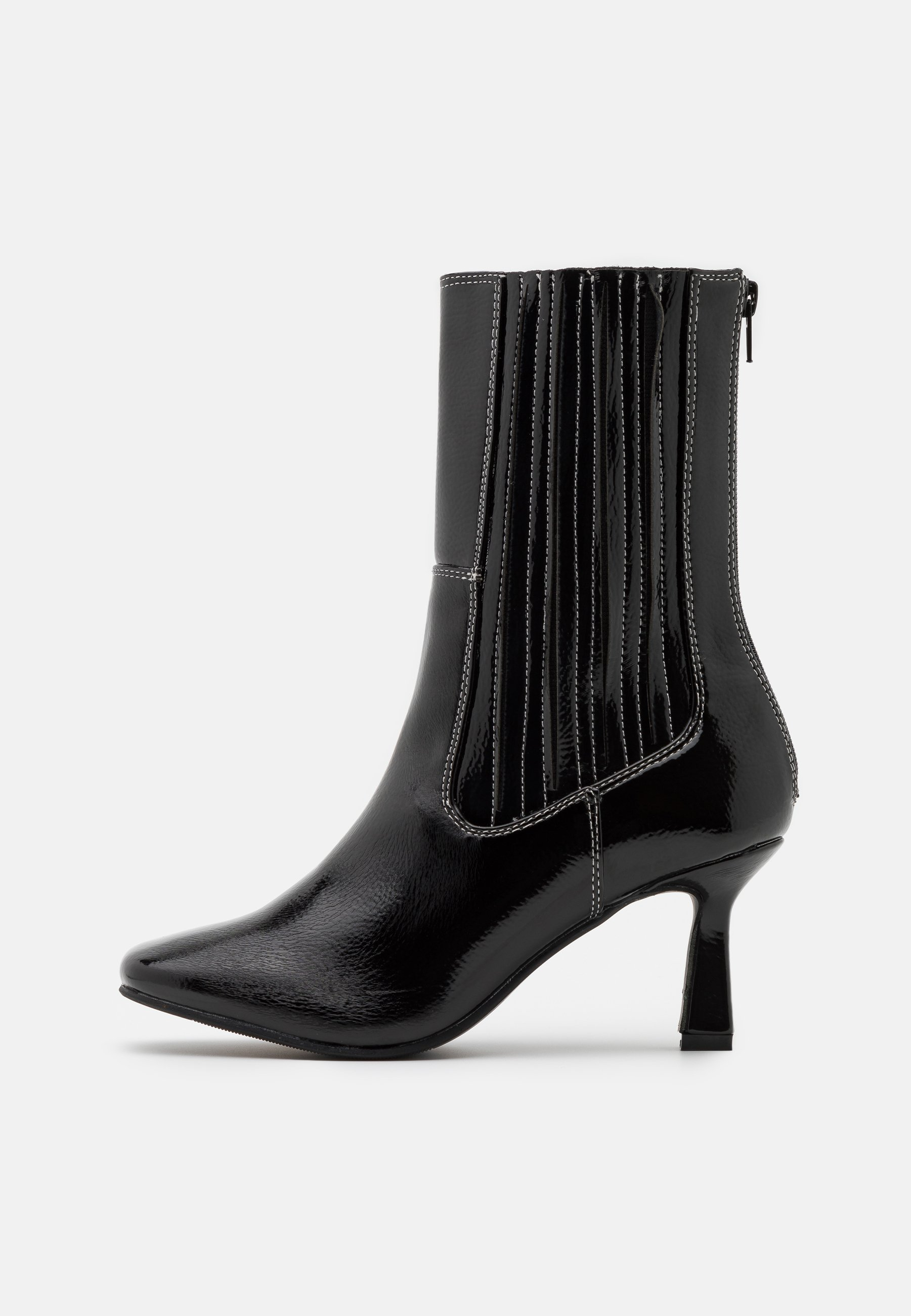 Women ROWE - Classic ankle boots