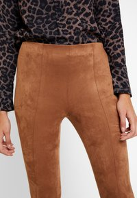 comma - Trousers - camel - 3