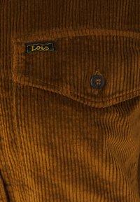 LOIS Jeans - CAROL  - Button-down blouse - brandy - 3