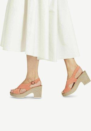 High heeled sandals - dark orange