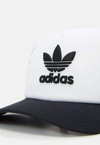 adidas Originals - ADICOLOR TRUCKER UNISEX - Czapka z daszkiem - black/white - 4