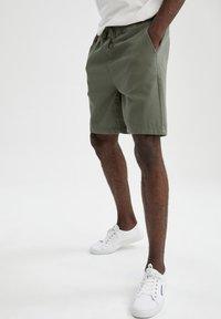DeFacto - Shorts - khaki - 5