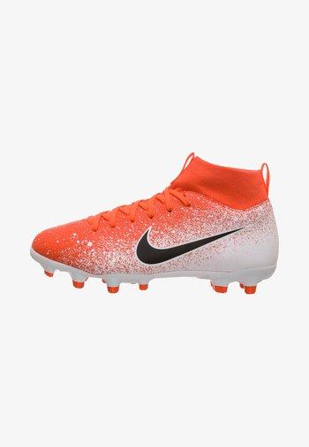 Indoor football boots - hyper crimson/black/white