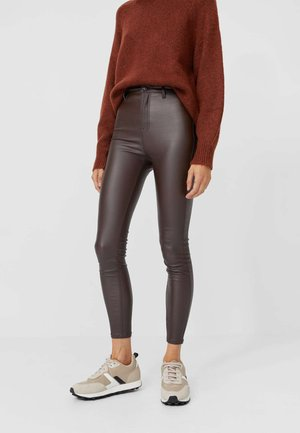 Trousers - dark brown