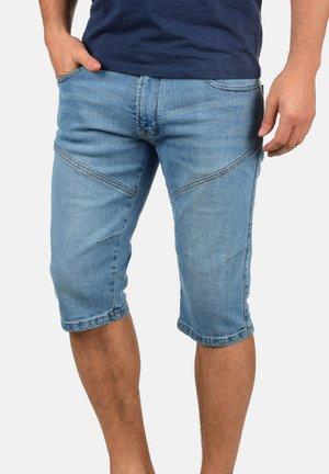 QUENTINO - Denim shorts - blue