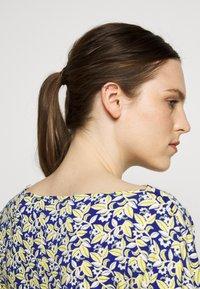 WEEKEND MaxMara - FOSCO - Print T-shirt - ozean - 3
