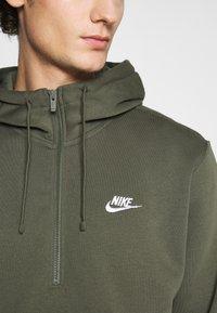 Nike Sportswear - CLUB HOODIE - Hoodie - twilight marsh - 5
