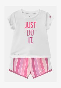 Nike Sportswear - STRIPE TEMPO SET - Shorts - magic flamingo - 0
