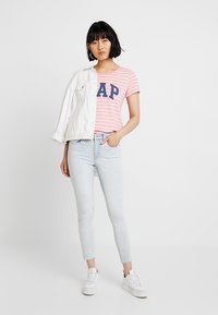 GAP - ANKLE CLOUD BLEAC - Jeans Skinny Fit - light bleached - 1