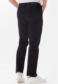 BRAX - STYLE COOPER - Straight leg jeans - perma black - 2