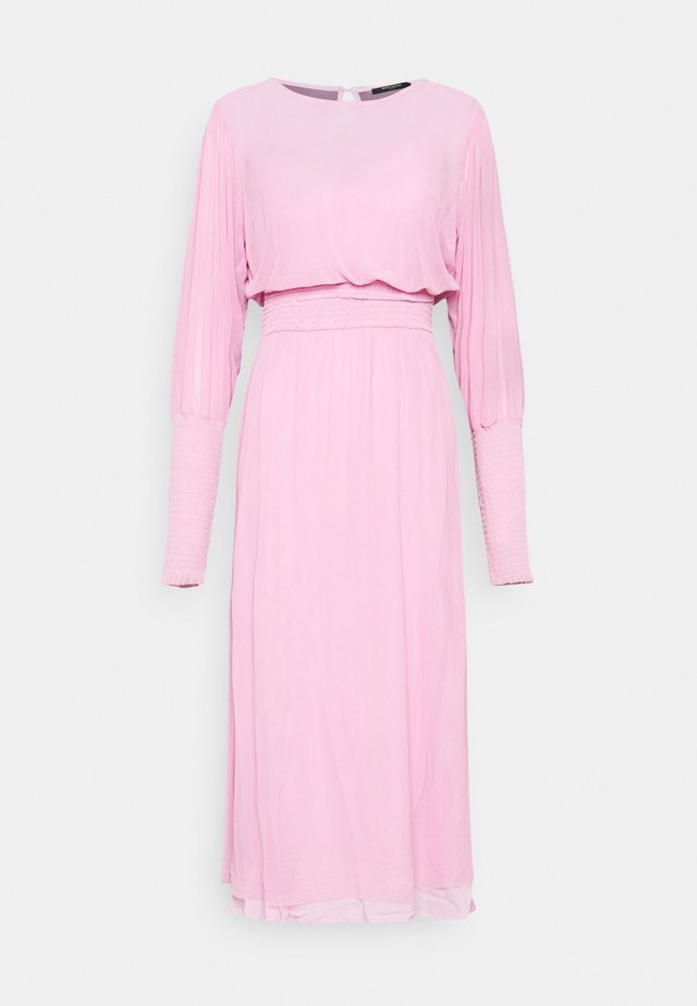 THORA ELLIEA DRESS 2-IN-1 - Korte jurk - pink lavender