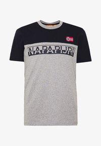 Napapijri - SARAS - T-shirt con stampa - med grey - 4