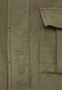 Denham - GIBBONS JACKET - Lett jakke - army green - 2