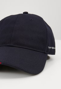 Tommy Hilfiger - TAILORED  - Caps - blue - 4