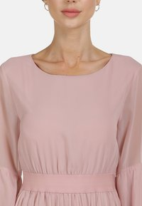 faina - KLEID - Maxi dress - rosa - 3