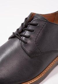 Clarks - ATTICUS LACE - Smart lace-ups - black - 5