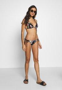 Ted Baker - PERGOLA TIE SIDE PANT - Bikini bottoms - black - 1