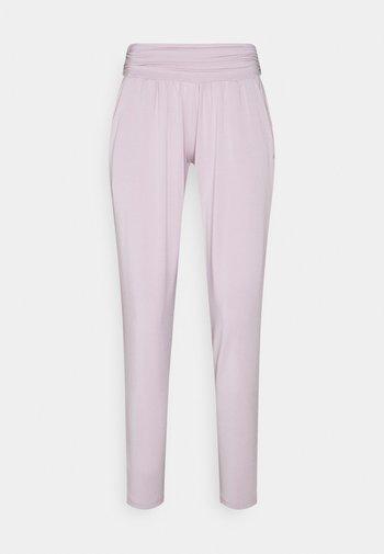 PANTS LONG LOOSE - Tracksuit bottoms - rose