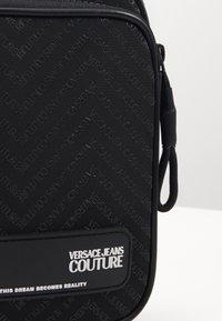 Versace Jeans Couture - Sac bandoulière - nero - 3