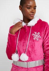 Loungeable - APRES SKI ONESIE - Pyjamas - pink - 3