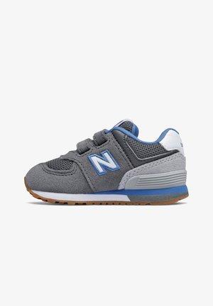 Sneakers laag - castlerock