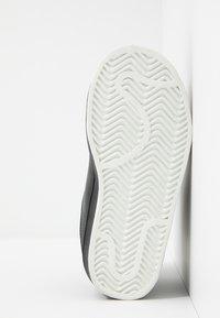 BOSS Kidswear - TURNSCHUHE - Sneaker high - schwarz - 5