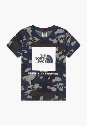BOX TEE UNISEX - Print T-shirt - blue-grey/grey