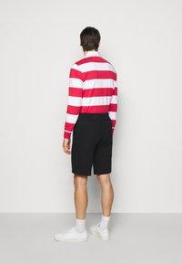 Polo Ralph Lauren - THE CABIN FLEECE SHORT - Shorts - black - 2