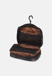Carhartt WIP - TERRA TRAVEL UNISEX - Wash bag - deep lagoon - 4