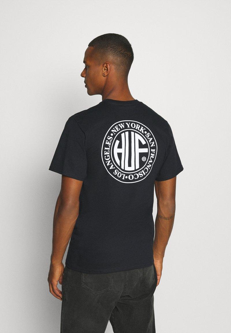 HUF - REGIONAL PUFF TEE - Print T-shirt - black