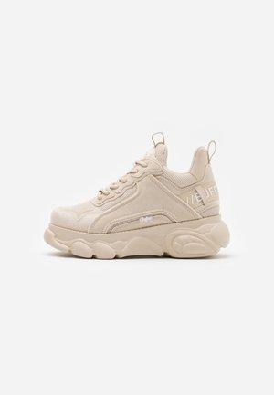 VEGAN CHAI - Sneakers laag - cream