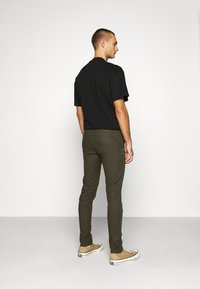 Scotch & Soda - MOTT CLASSIC GARMENT - Chino - army - 2
