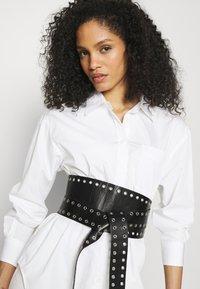 Marks & Spencer London - GIRLFRIEND  - Košile - white - 3