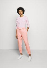 Polo Ralph Lauren - SEASONAL - Pantaloni sportivi - resort pink - 1
