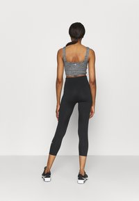 Cotton On Body - SO PEACHY CROSS FRONT VESTLETTE - Top - black marle - 2
