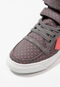 Hummel - SLIMMER STADIL STAR  - Zapatillas altas - grey - 2